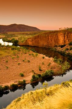 El Questro Station, or to give it its true name El Questro Wilderness Park, is an oasis in the rugged and beautiful Kimberley region. Located 100 km west of Kununurra, which if travelling by road is 58 km on the sealed Great Northern Highway, the rest of the drive is on the graded gravel Gibb River Road. Kununurra is serviced by regular domestic flights from Perth, Darwin and Broome.