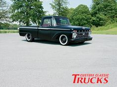 0901cct 01 Z+1966 Ford Truck+front Right View