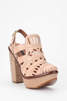 Perfect cutout platforms for spring! #urbanoutfitters