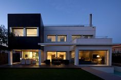 Prefabricated Concrete Houses Designs 1