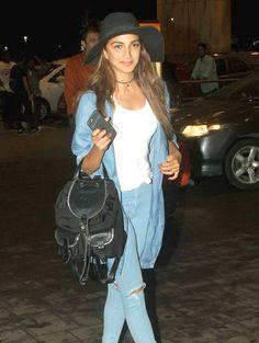 Kiara Advani at Mumbai airport. #Bollywood #Fashion #Style #Beauty #Hot #Sexy
