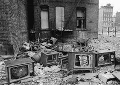 south bronx | Dj Breez: Simpson Street by William Sarokin: (South Bronx, 1977)