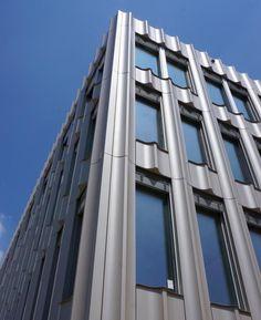 http://www.muellersigrist.ch/arbeiten/bauten/neues-gemeindehaus-volketswil/