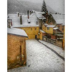 #brasovromania #brasov #kronstadt #transilvania #transylvania #houses #snow #almostwinter #november #novembersnow #old #oldcity #oldbuildings #yellow #white #winterlandscape #visittransilvania #visittransylvania #visitbrasov #visitromania #visiteurope #europe #ig_romania #ig_europe #ig_brasov - See more at: http://iconosquare.com/viewer.php#/detail/1127694405218306806_656453809None