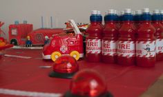 maybe red juice boxes? Fireman Birthday, Fireman Party, Fireman Sam, 3rd Birthday Cakes, 3rd Birthday Parties, 4th Birthday, Birthday Ideas, Party Food Boxes, Fire Engine Cake
