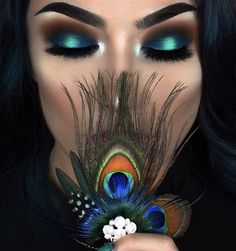 Peacock inspired dramatic eye makeup ideas If you want to try a different eye makeup look, maybe you can skip your usual smoky eye makeup, and . Peacock Eye Makeup, Dramatic Eye Makeup, Smoky Eye Makeup, Dramatic Eyes, Eye Makeup Tips, Makeup Goals, Love Makeup, Makeup Inspo, Makeup Inspiration