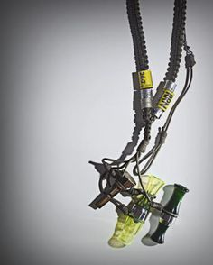 WooHoo... a paracord pattern that even Duck Commander would love. From Field How To Make A Duck Call Lanyard. #ParacordBraceletHQ