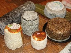 Goat cheese  ©CRTPC  http://www.holidays-france-atlantic.com