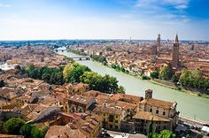 Seven recommendations for what to do in Verona. Places like Casa di Giulietta, home of Romeo and Juliet are top places to see in Verona.
