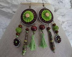 Boucles d'oreilles, style bohème ethnique, attrape rêve, capsules nespresso, pompons, papier roulé.