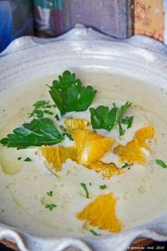 Polévka s pečeným česnekem