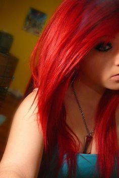 nikkis red hair when she dyes it one of the 4 reds she does