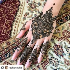 "#follow@hennafamily #hennafamily #Repost @eshennafix ""Go for it!"" she said. 15 minutes later.... tadaaaa! Yeayyy Henna fix for rara to end off our #sleeoverpartayy (sort of all we did mostly was sleep) @tiaradusqie @veeestria _ #eshennafix #henna #bridal #sg #wedding #singapore #bridalhenna #inai #mehendi #mehndi #heena #art #bride #pengantin #culture #love #hennasg #artist #hennainspire #inspire #doodle #igsg #singaporehenna #sgwedding #singaporewedding #eshennamix"