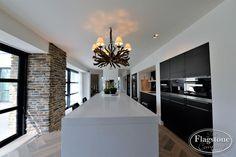 Steenstrips Blumone Kitchen Interior, Home Kitchens, Decoration, Kitchen Island, Sweet Home, New Homes, House Design, Ceiling Lights, Architecture