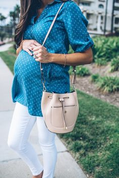 One of my favorite maternity styles! Check out my post for details!!