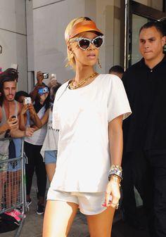 Krilles walk-in world: Shine bright like Rihanna
