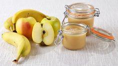 Conserves maison - Compote pommes/bananes en conserve Pickles, Parfait, Kitchen Hacks, Junk Food, Baby Food Recipes, Cucumber, Food Porn, Canning, Eat