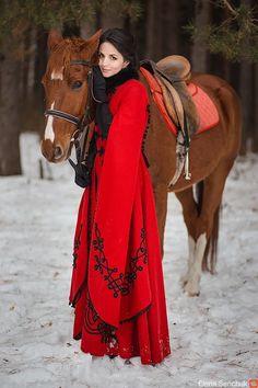 http://berkanar.com/store/clothes/palto-zhar-ptica модель Севгиль фотограф Елена Севчук