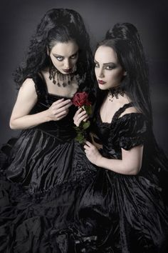 Beauty in the Darkness — victorian-goth:   Victorian goth...