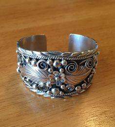 Native American Sterling Silver Navajo Handmade Leaf Cuff Bracelet