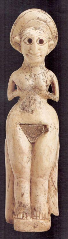 Hettite, ivory figurines of Goddess, Kültepe,  (Tahsin Özgüç) (Erdinç Bakla archive)