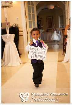 Hey Daddy here comes Mommy ring bearer wedding sign by iDecor4you