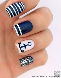 7. #Nautical #Nails - 25 #Dazzling Manicures You'll #Absolutely Adore ... → Nails #Gradient