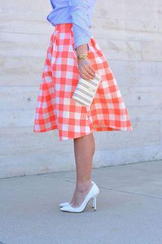 Five Sparrows Gingham Midi Skirt Gingham Skirt, Plaid Skirts, Cute Skirts, Gingham Fabric, Midi Skirts, Jw Fashion, Modest Fashion, Fashion Outfits, Fashion Blogs