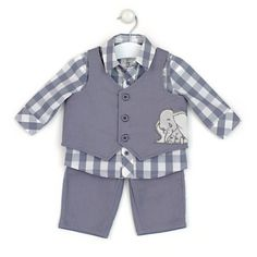 Such a cute suit Dumbo Baby Shower, Baby Dumbo, Disney Baby Clothes, Cute Baby Clothes, Disney Babies, Baby Boy Shirts, Baby Boy Outfits, Dumbo Nursery, Kids Clothes Boys