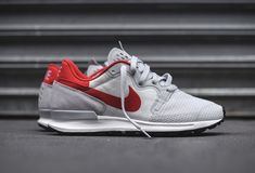 """best service b826a f5490 Nike has recently re-engineered one of its classic silhouettes — the  Berwuda Runner, making another appearance, in the form of this clean Pure  Platinum"""" ..."""