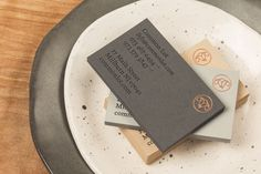 Brand identity and block foil business card by Perky Bros for Millburn, NJ, restaurant Common Lot