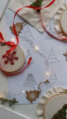 Christmas Embroidery Patterns, Christmas Tree Pattern, Embroidery Sampler, Christmas Tree Crafts, Simple Embroidery, Christmas Snowflakes, Hand Embroidery Patterns, Holiday Ornaments, Merry Christmas