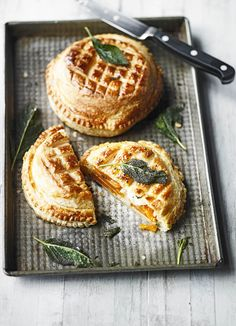 Halloween style!! Fall Autumn Harvest Thanksgiving Friendsgiving Recipes! Butternut squash and gruyère pithivier