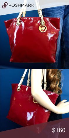 MICHAEL kors tore Beautiful red with tan straps!! A gorgeous bag all around Michael Kors Bags Totes