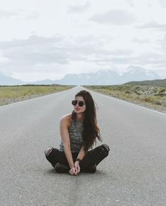 Anne Curtis in Argentina Anne Curtis Outfit, Emmalyn Estrada, Chic Outfits, Spring Outfits, Anne Curtis Smith, Kelsey Merritt, Celebs, Celebrities, Star Fashion