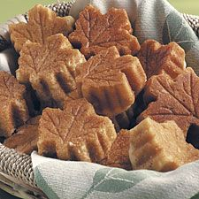 Maple Leaf Pan: to go with your other fall mini cake pan!