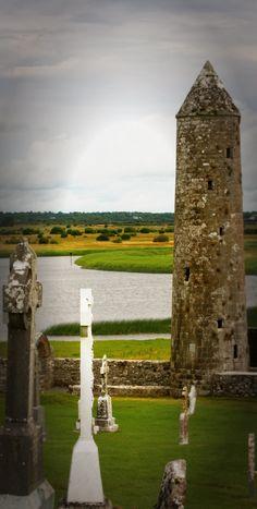 Clonmacnoise, Irland - Die schönsten Plätze in Irland  cityseacountry.com