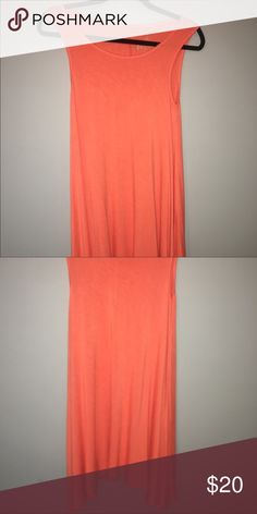 Vibrant dress SUPER comfortable! only worn once and in great condition! very vibrant and a head turner. willing to go lower :) jcpenney Dresses Midi