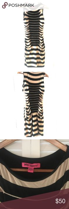 Betsey Johnson Shift Dress Betsey Johnson SUPER comfortable shift dress with jersey cotton feel. Rouched sides are so flattering and cut makes you feel fabulous! Worn less than a handful of times. Betsey Johnson Dresses