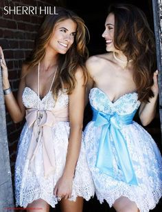 #SherriHill #Dresses 2841 at Peaches Boutique #homecoming