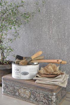 Proefblikje Betonlook verf / Effect Paint - Soft Grey - 50 ml Dyi Bathroom Remodel, Bathroom Remodeling, Serene Bathroom, Painted Staircases, Wooden Steps, Living Vintage, Small Bathroom Storage, Upstairs Bathrooms, Painted Books