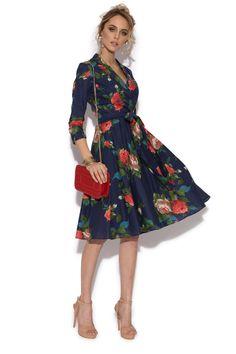 Rochie clos cu trandafiri