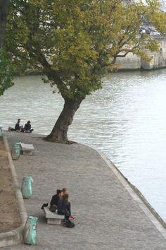 Always Elsewhere - Paris City Guide