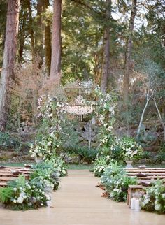 Aisle Decor | Bohemian blooms | Flowers down the aisle | Bohemian Indie Wedding | Rustic |
