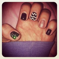 Black sparkle shellac manicure
