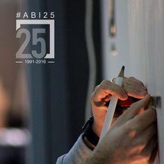 La precisione nei #dettagli per un risultato di #qualità. #italianartisan #artigianiitaliani #falegnameria #interiordesign #fattoamano #abi25 #abitacolointerni #workinprogress #fermosposi2016 by abitacolo_interni