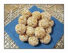 Apricot Balls Recipe - Stay at Home Mum Christmas Sweets, Christmas Time, Lunch Box Recipes, Snack Recipes, Yummy Treats, Sweet Treats, Balls Recipe, Cheesecakes, I Love Food