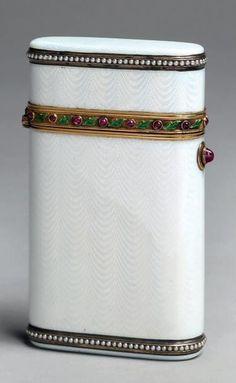 Vintage Cigarette Case, Cane Handles, Art Deco Movement, Art Deco Pattern, Vintage Perfume Bottles, Antique Boxes, Sewing Accessories, Enamel Jewelry, Art Deco Design