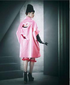 Rei Kawakubo - Comme des Garçons : Fashion, History   The Red List
