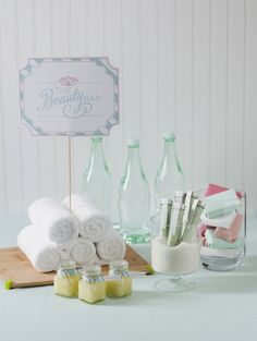 DIY Spa Party Favor Bar // collection of recipes + free printables {Handcrafted Parties} # diy spa party 50 Birthday Party Themes For Girls - I Heart Nap Time 50th Birthday Party Themes, Spa Birthday Parties, Sleepover Party, Slumber Parties, Teen Parties, 50 Birthday, Birthday Recipes, Birthday Ideas, Diy Spa
